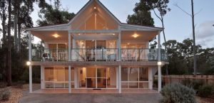 Lochani on the Bay - Lennox Head Accommodation