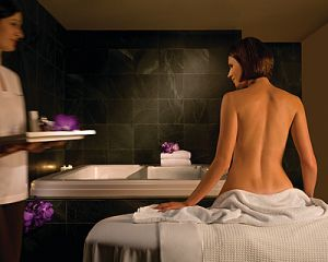 Four Seasons Hotel Sydney Spa - Lennox Head Accommodation