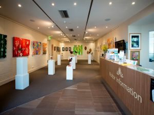 Australian National Botanic Gardens Visitor Centre Gallery - Lennox Head Accommodation