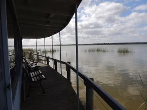 PS Federal Retreat Paddle Steamer Goolwa - Lennox Head Accommodation